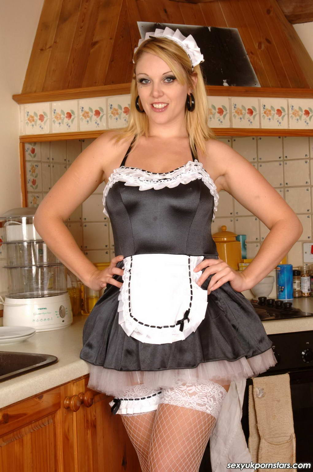 Porn stars in french maid