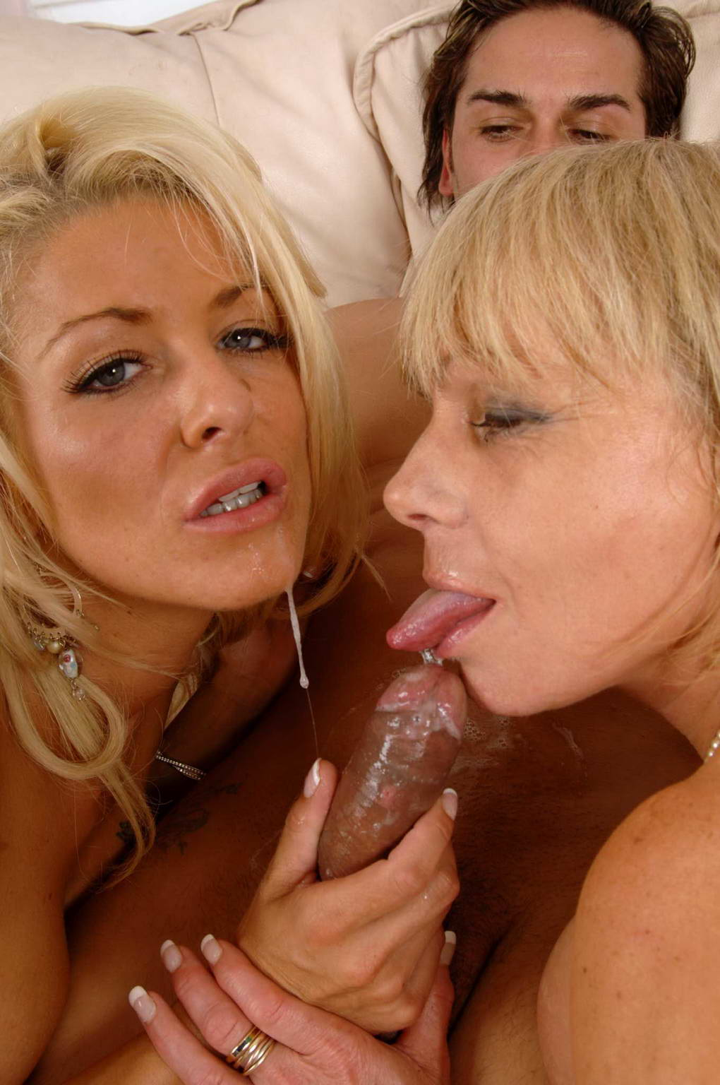 Two mature honeys in a threesome