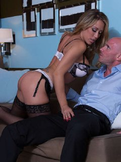 Blonde Capri Cavanni sucks and fucks her client