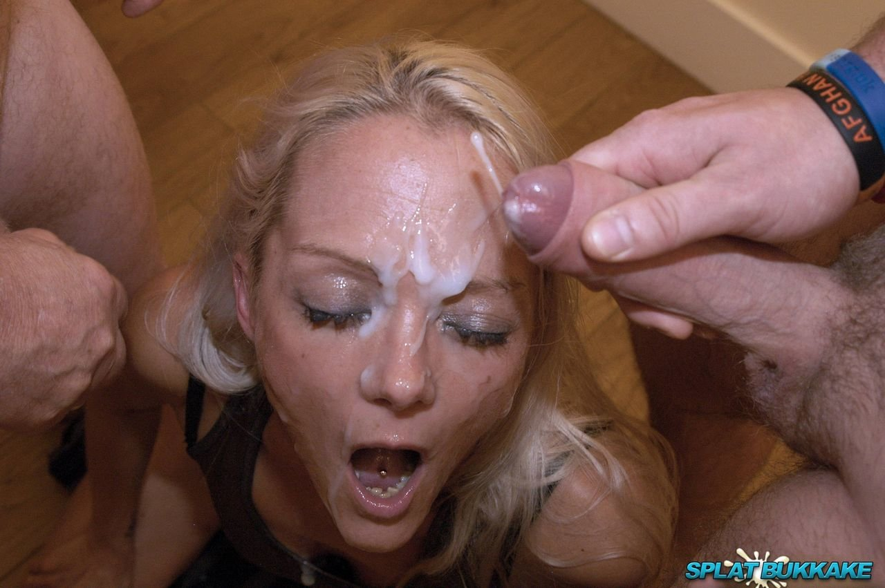 sorry, alluring chick enjoys clit stimulation opinion you