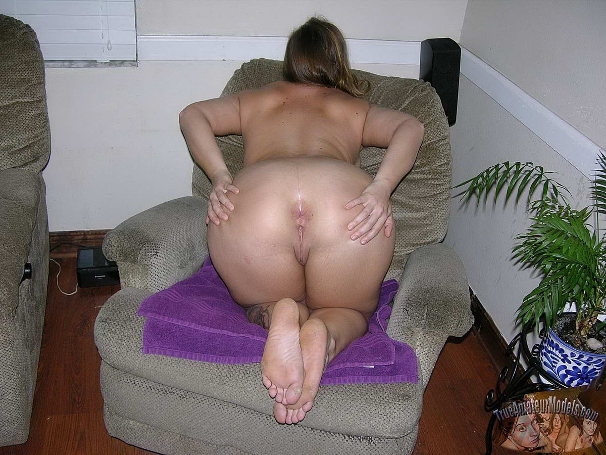 Perfect shaved black pussy